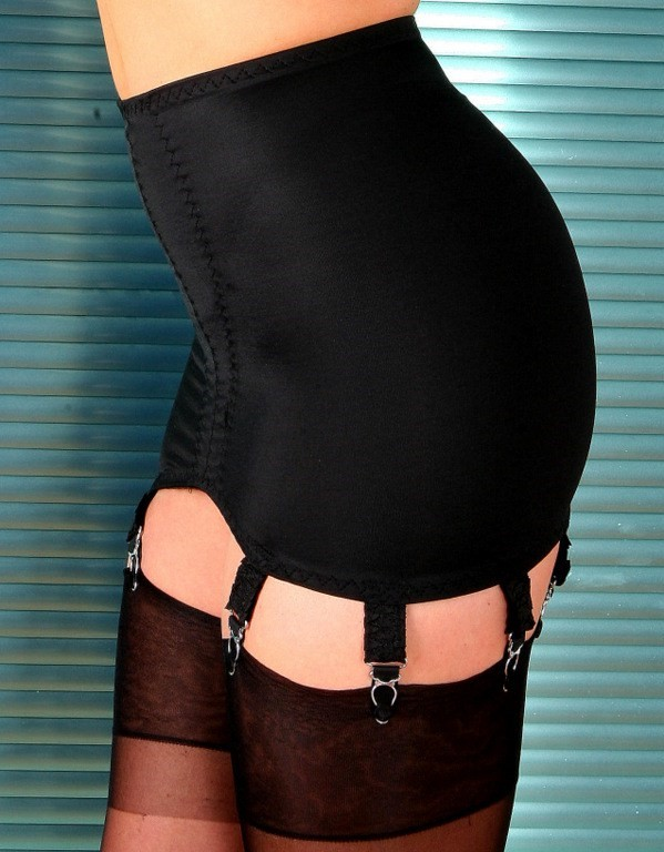 Girdle Stomach Body Black 8 Strap Nylon Dreams NDG8